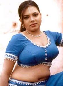 Mallu Masala Aunty Boobs In Blouse